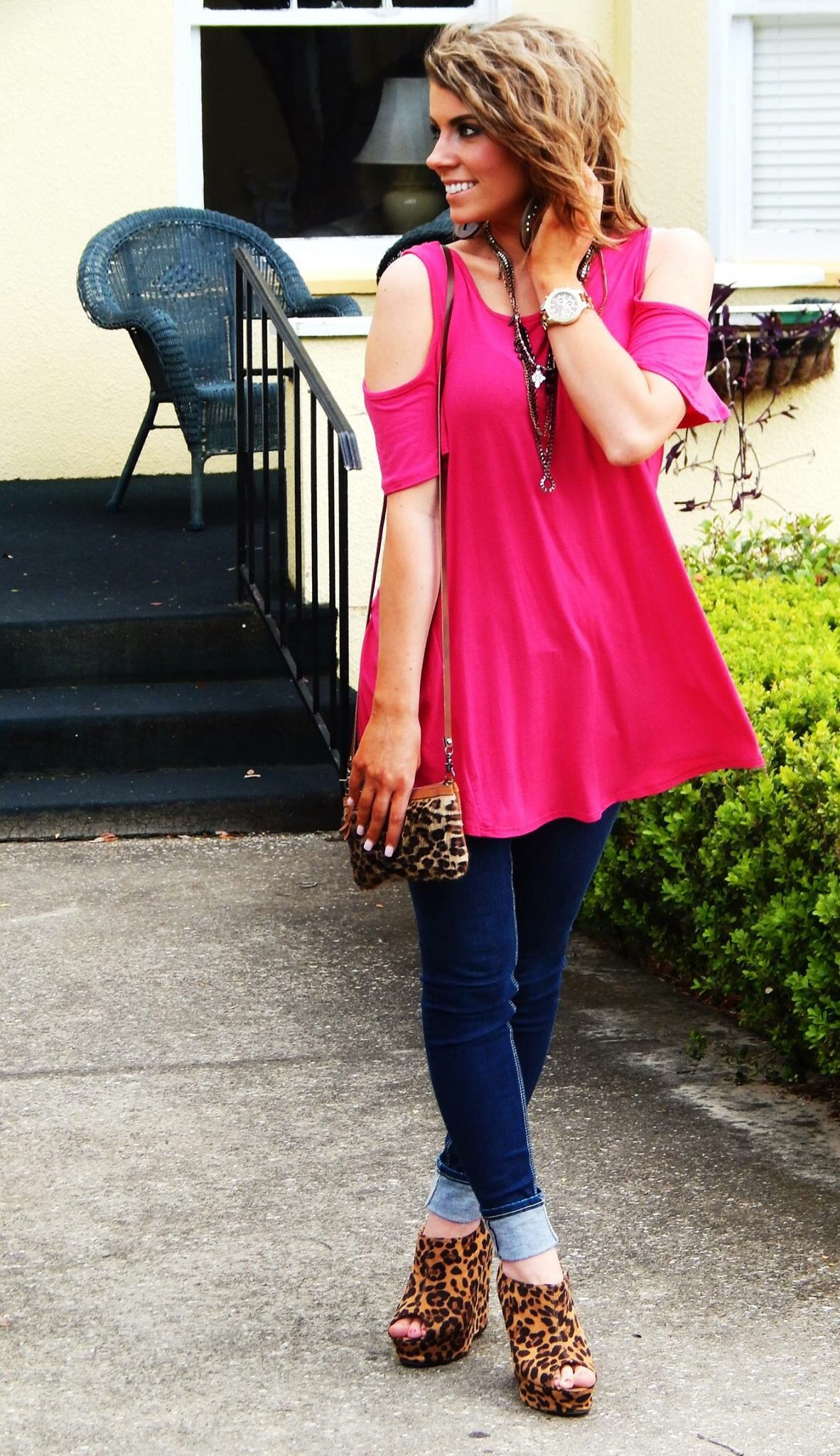 Look - How to pink a hot wear top video